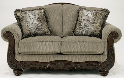 Ashley Furniture Signature Design Martinsburg Loveseat