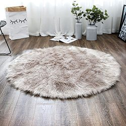 LEEVAN Plush Sheepskin Style Throw Rug Faux Fur Elegant Chic Style Cozy Shaggy Round Rug Floor M ...